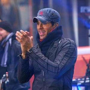 MUSIC REVIEW: Enrique Iglesias doesn't surprise