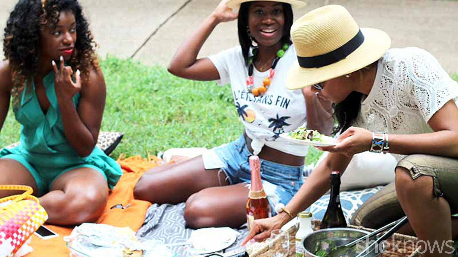 6 Tips for a fun end-of-summer picnic with friends – SheKnows