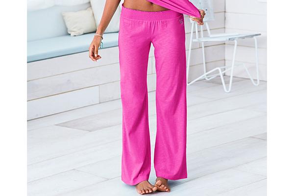 Pink jammies from Victoria Secret | Sheknows.ca