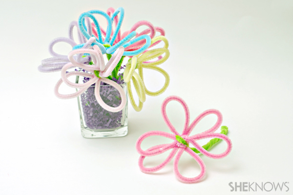 May Day crafts - Pipe cleaner flower bouquet