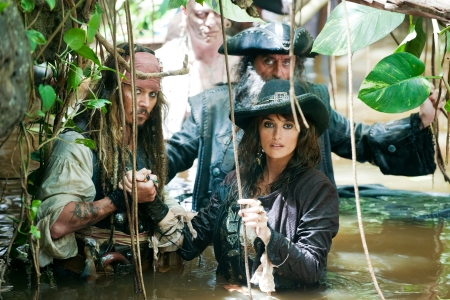 Johnny Depp, Penelope Cruz and Ian McShane in Pirates of the Caribbean 4