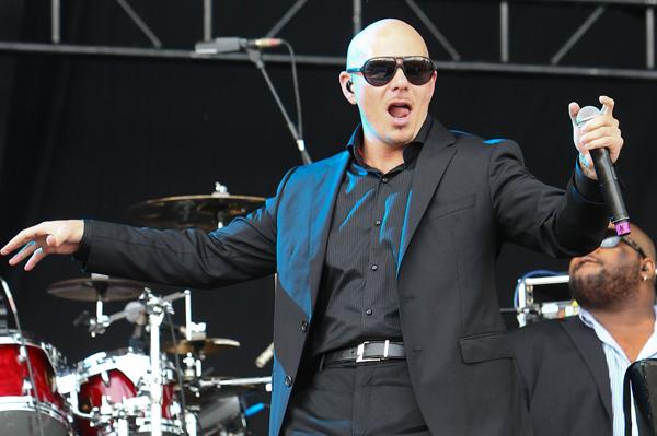 Pitbull going to Alaska
