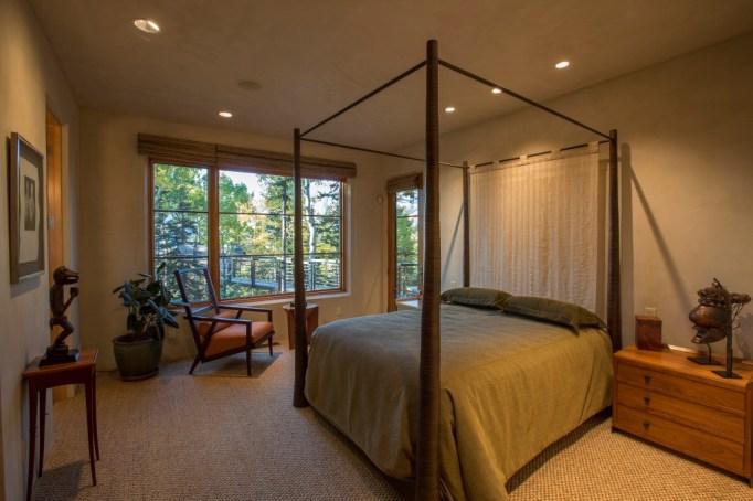 Oprah Winfrey buys $14 million Telluride mansion