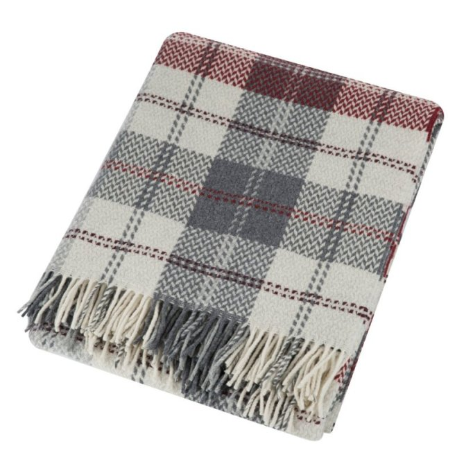 Luxe Throws For Your Bed or Sofa This Season | Zoeppritz Herring Check Blanket