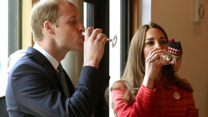 PHOTOS: Prince Harry flashes abs &