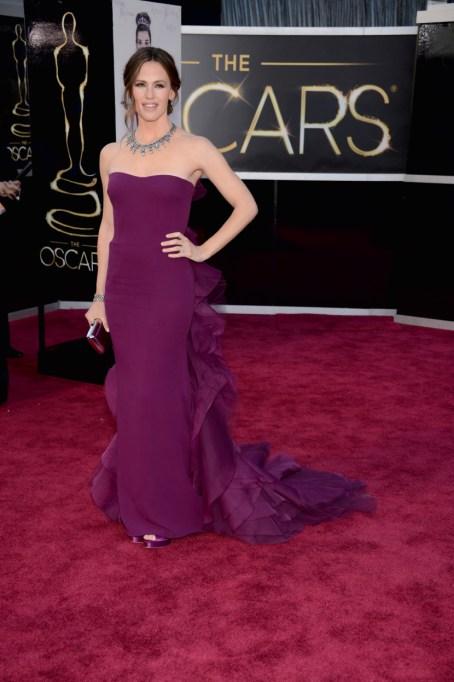 Ultra Violet On The Red Carpet | Jennifer Garner