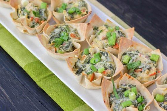 Bite-size spinach dip cups