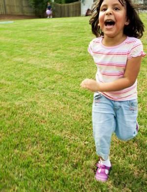 How to encourage outdoor play