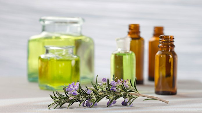 8 Ways Essential Oils Can Be
