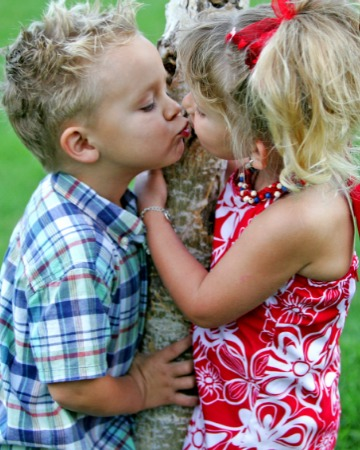 kiss between boy and girl