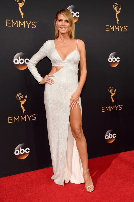 Heidi Klum Emmys 2016