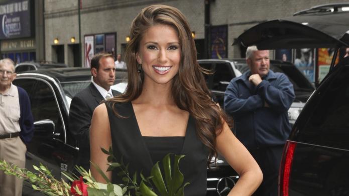 Miss USA Nia Sanchez can't name