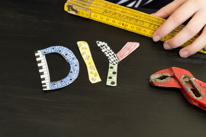 Letters DIY in Zendoodle style