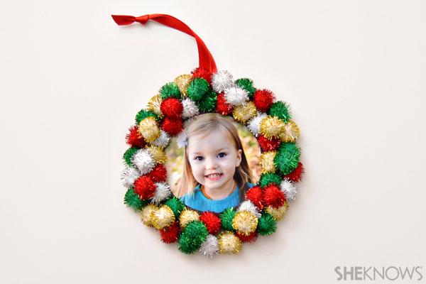 Pom pom wreath ornament