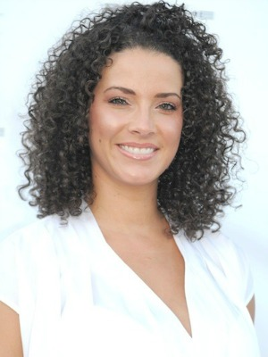 Porschla Coleman's curly hairstyle