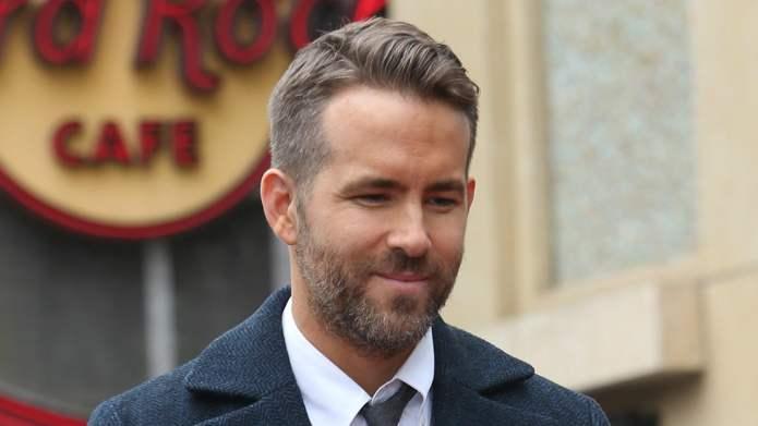 Ryan Reynolds FaceTimed a Young Fan