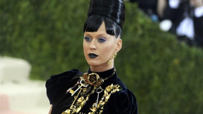 Katy Perry, Rita Ora's 'Becky' pins