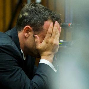 Oscar Pistorius sobs recalling Reeva Steenkamp
