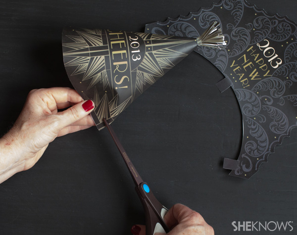 Printable party hats for New Year's Eve -- cut slits
