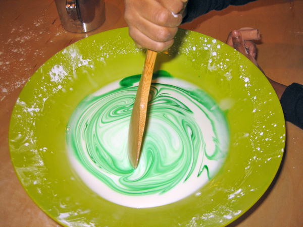 Project-based preschool - Mixing