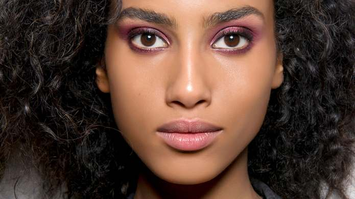 How to De-Pot Your Eye Shadows