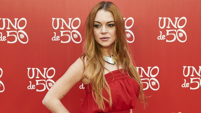 Nope, Lindsay Lohan's dad still doesn't