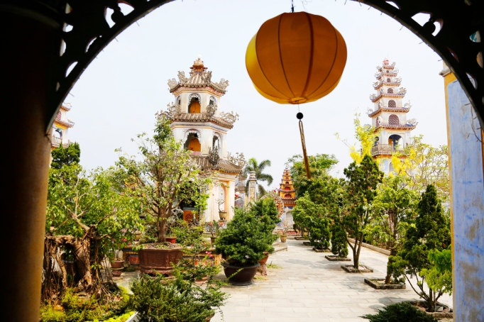 best-budget-travel-destinations-hanoi