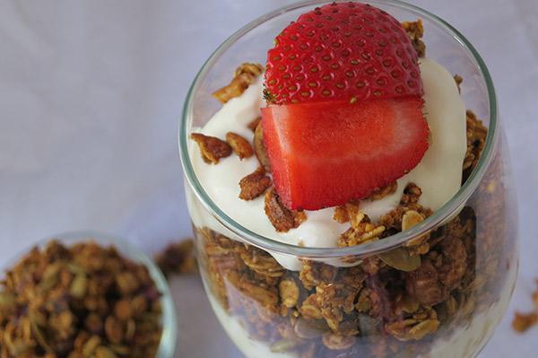 pumpkin and yogurt parfait