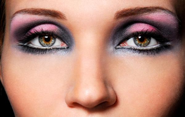 Purple eye shadow