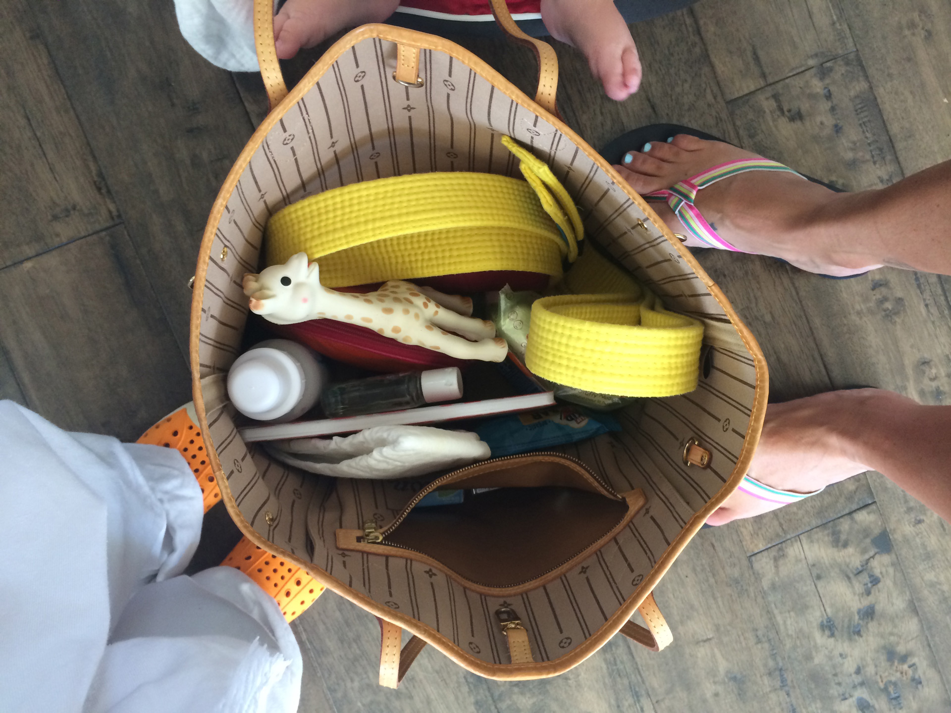 Tonya Wertman's purse | Sheknows.com