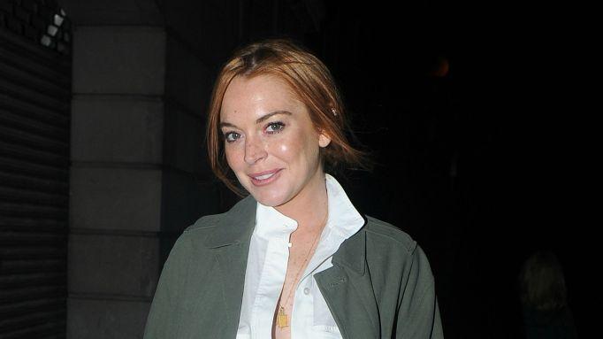 Lindsay Lohan Sues E-Trade