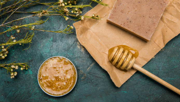 The Beauty Benefits of Honey Are