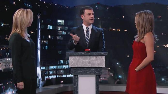 Watch Jennifer Aniston and Lisa Kudrow