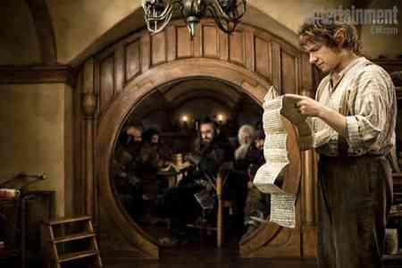 Three official Hobbit photos released