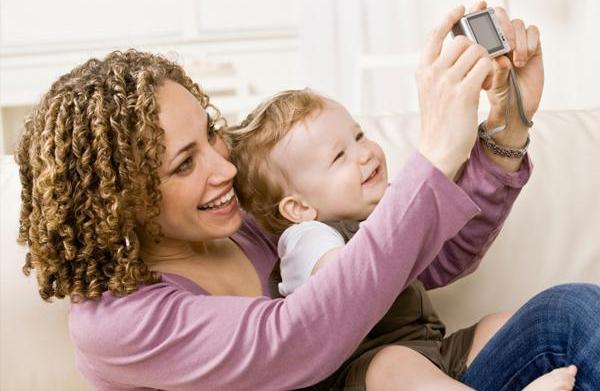 How to organize your family photos