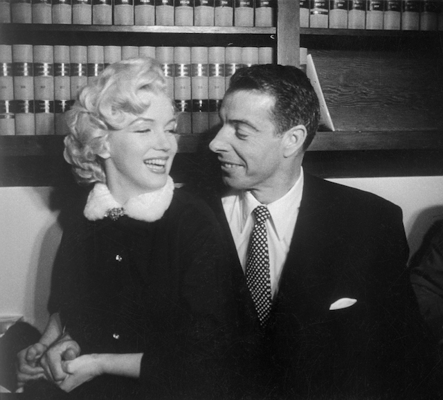 Marilyn Monroe and Joe DiMaggio in the judge's chambers where they were married