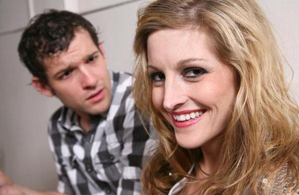 Subtle mistakes women make in dating