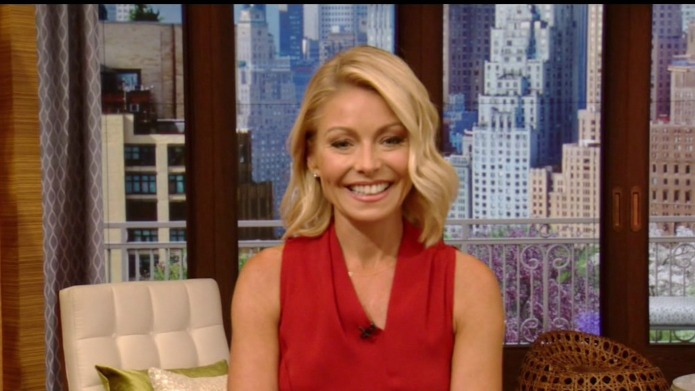"Kelly Ripa is back on ""Live"