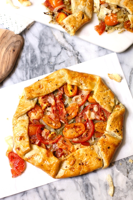 Classy Potluck Ideas: This galette is like a fancier version of a humble pie