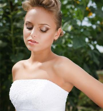 Makeup tips for an outdoor wedding