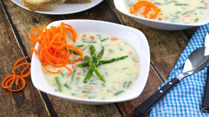 Cheesy asparagus chowder