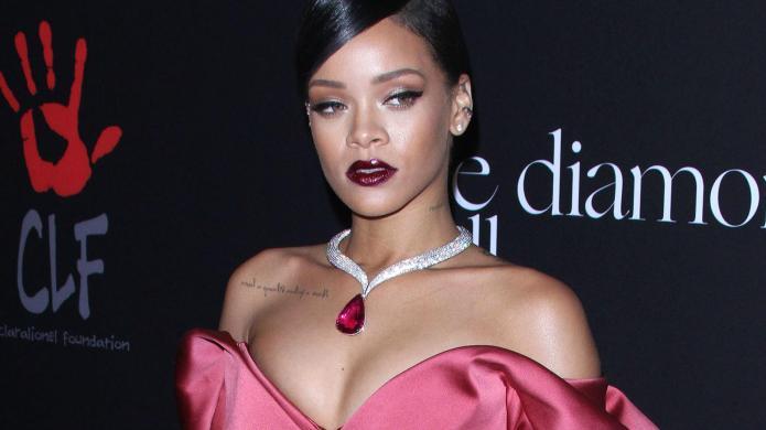 Grammys: 6 Things Rihanna's dress reminds