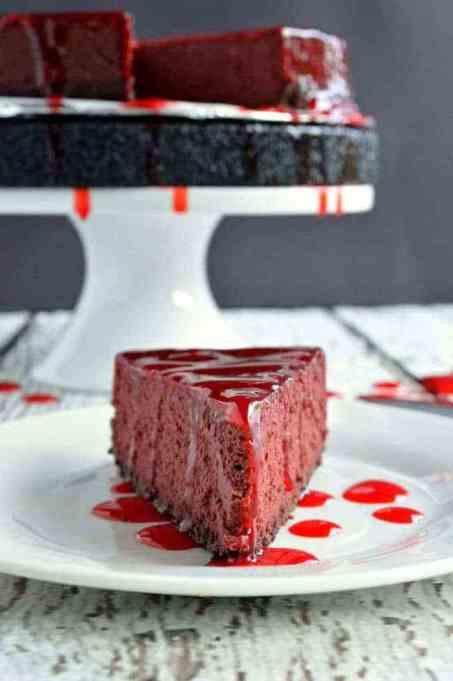 Legitimately Good Halloween Recipes: Bloody Good Cheesecake | Halloween treats 2017