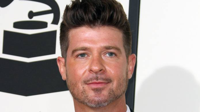 Robin Thicke Can See His Son