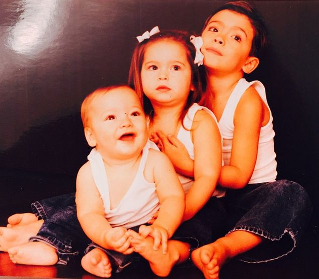 Joaquin, Lola and Michael Consuelos