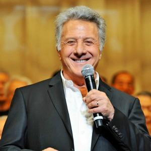 Dustin Hoffman diagnosed, treated for cancer