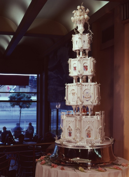 King Constantine & Princess Anne-Marie wedding cake