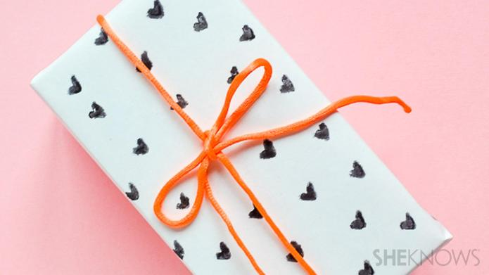 Adorable Valentine's Day wrapping paper you