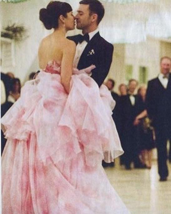 Celebrity Who Wore Unconventional Wedding Dresses: Jessica Biel | Celebrity Weddings