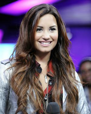 Watch Demi Lovato sing the national